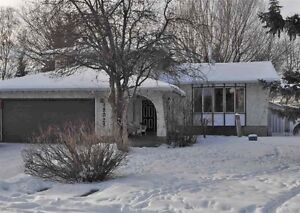 EXCELLENT FAMILY HOME IN ALDERGROVE...GREAT POTENTIAL!
