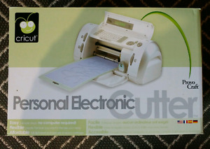 Cricut Electronic Cutter and Accessories