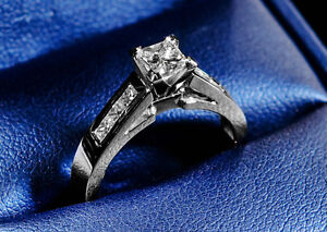 Gorgeous White Gold Engagement Diamond Ring - Great Deal