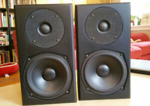 Totem Mite bookshelf speakers (gently used)