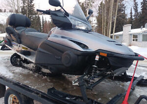 2011 Yamaha Venture Snowmobile - extremely low mileage