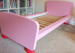 Discontinued IKEA MAMMUT TODDLER BED