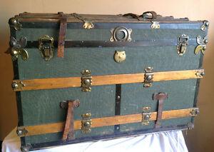 Brilliant Antique Large Steamer Trunk  SEE VIDEO