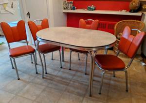 Ensemble de table, chaises et buffet fifties/retro /vintage
