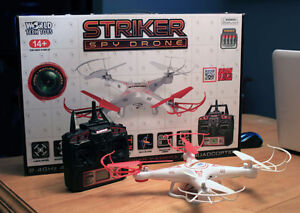 2.4 GHz 4.5 Channel Striker Spy Drone with 2 Batteries