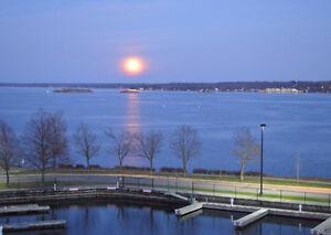 Brockville Water-front Luxury 3 Bedroom Condo & Dock for RENT Belleville Belleville Area image 4