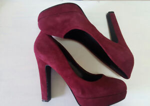 beautiful red heels - perfect for prom or a formal dance