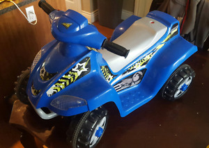 Toddler battery operated ride on quad