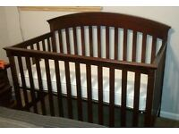 Summer Infant Manchester Cot / Crib in good condition
