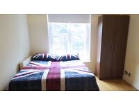 Double Room, Queensway, zone 1, Bayswater, Hyde Park, Paddington, central Londo, all bills included