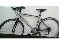Mens Lightweight Giant Hybrid Bike AS FAST AS A ROAD BIKE & FAR MORE COMFORTABLE RRP £949.00