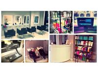 HAIRSTYLIST& BEAUTICIAN TO RENT A SPACE £400Per MONTH! ESTABLISHED SALON ILFORD, LONDON