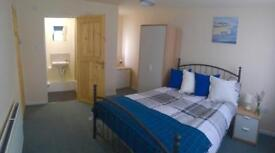 4 Ensuite double rooms in Sinfin
