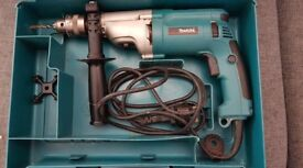 "MAKITA HP2070 20MM(3/4"") 2 - SPEED HAMMER / NON HAMMER DRILL 240V"
