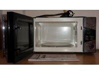 De'Longhi 800W Standard Microwave P80T5A Spares or Repair
