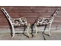 (#569) vintage pair of garden cast iron bench ends (Pick up only, Dy4 area)