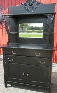 ANTIQUE HIGH BACK SIDEBOARD HUTCH SERVER