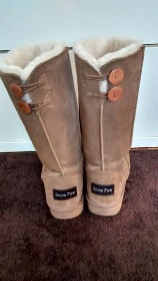 Ladies Snow Paw Boots (Ugg Style) sheepskin lined SOLD