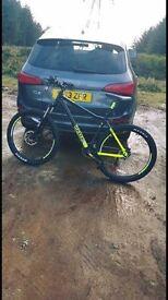 Voodoo Bantu mountain bike with free bike rack