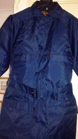 Brand New unused Men's lightweight waterproof quilted navy coat