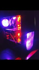 Ordinateur Gamers!   Gamers PC! presque neuf/ almost new