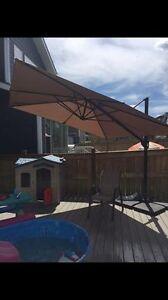 10x10ft adjustable patio umbrella with base
