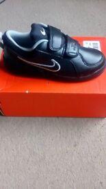 Boys Nike trainers BNIB