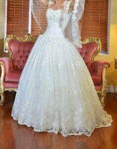 Wedding dress - Anne Jean Michel