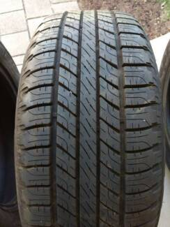 255/55R19 tyres off Discovery 4