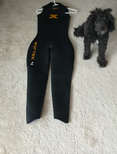 NEW**** Womens Medium Small Xterra Wetsuit