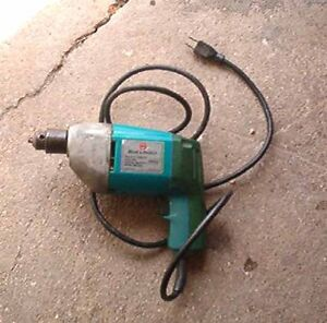 B&D variable speed drill
