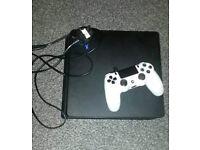 PS4 slim model