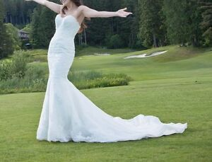 Maggie Sottero Lace Wedding Dress Size 2