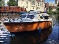 Cruiser / Day Boat + Mast and Trailer (yacht)