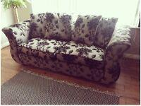 Beautiful 3 seater fabric sofa
