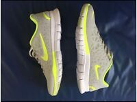 BNWT Nike men's trainers size 10
