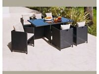 Rattan effect 6 seater cube
