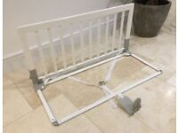 STILL FOR SALE - BABYLON WHITE WOOD BED BARS GUARD, CLIP IN CLIP OUT, VERY GOOD CONDITION