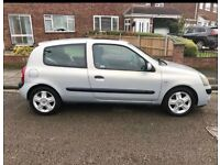 Renault Clio 1.1 2004 Plate -