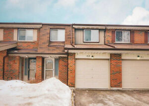 3 Bdrm Condo Townhouse In Whitby For Sale