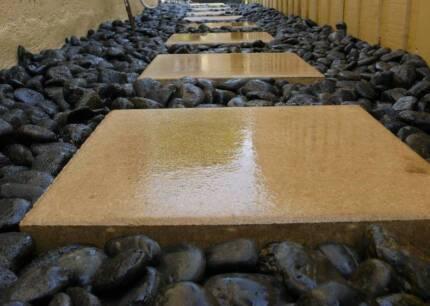 30-50mm BLACK POLISHED River Garden Pebbles/Stones-A GR-20 KG BAG
