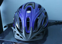 LG LOUIS GARNEAU: Casque de vélo / Bicycle helmet