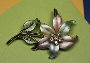 Beautiful Enamel & Rhinestone Pastel Flower Brooch Pin Unsigned Kingston Kingston Area image 3