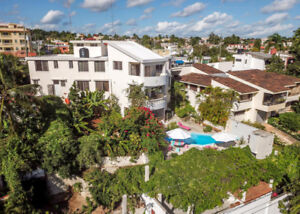 TROPICAL HOTEL FOR SALE IN THE CARIBBEAN!