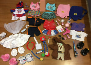 Build-a-Bear: 7 outfits, 2 shirts, 3 set of shoes