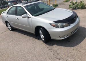 2004 Toyota Camry Leather ac roofs mags Sedan