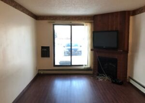 3-Bedroom Condo for Sale - Lakeview