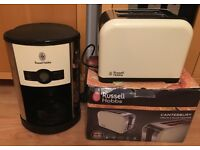 Russell Hobbs Heritage Cream digital coffee machine and matching toaster for sale