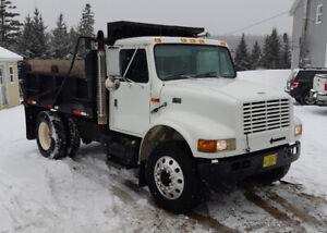1999 International 4900  Dt 466E Dump Truck