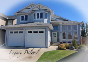 OPEN HOUSE - 5 BEDROOM HOME WITH 2 GARAGES!